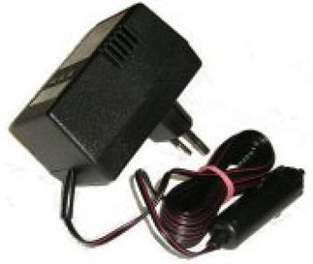 Nabíječka DBA 03 6/12V autokonektor