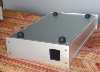Šasí pro zesilovač - stříbrné GDHC02