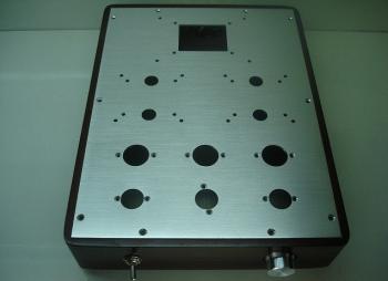 Šasí pro zesilovač 350x260x60mm