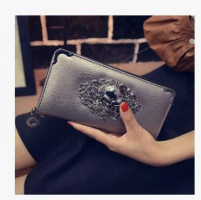 Punková koženková peněženka s lebkou - stříbrná