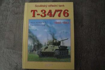 Sovětský střední Tank T-34/76