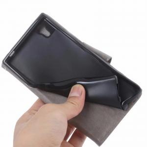 Koženkový obal na různé mobilní telefony